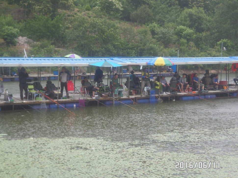 fish_pay_10161762.jpg