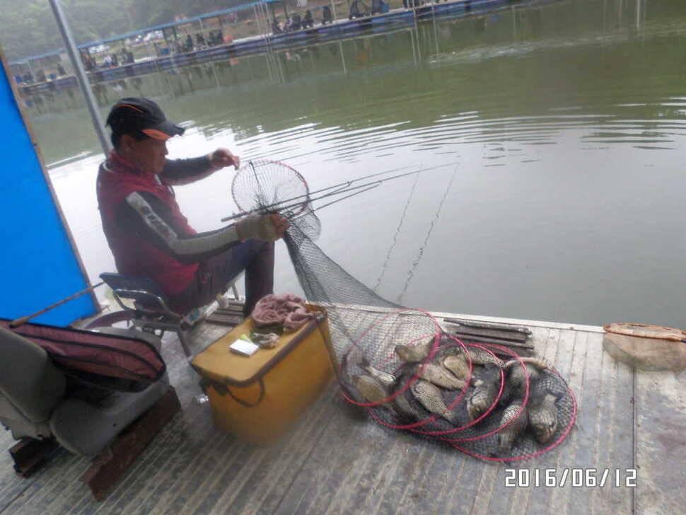 fish_pay_10170752.jpg