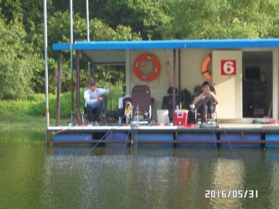 fish_pay_10321914.jpg