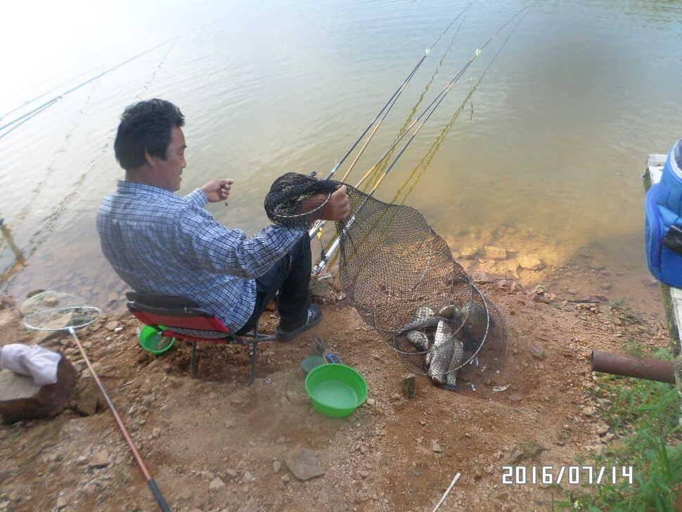fish_pay_10401912.jpg