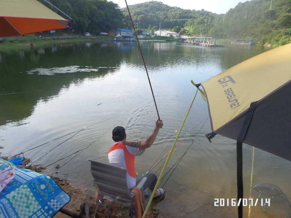 fish_pay_10402399.jpg