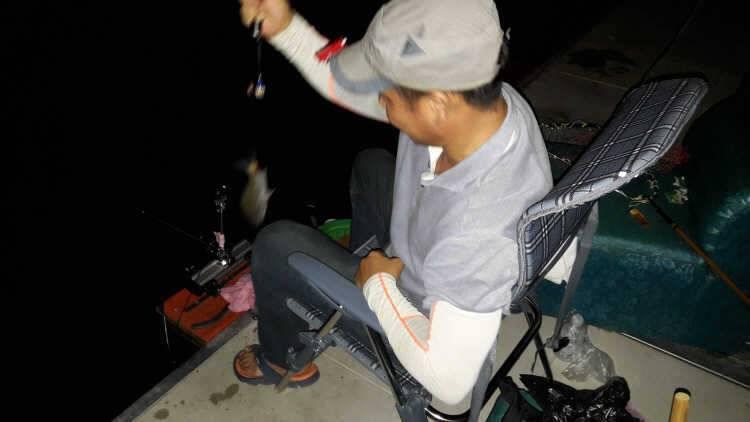 fish_pay_10480262.jpg