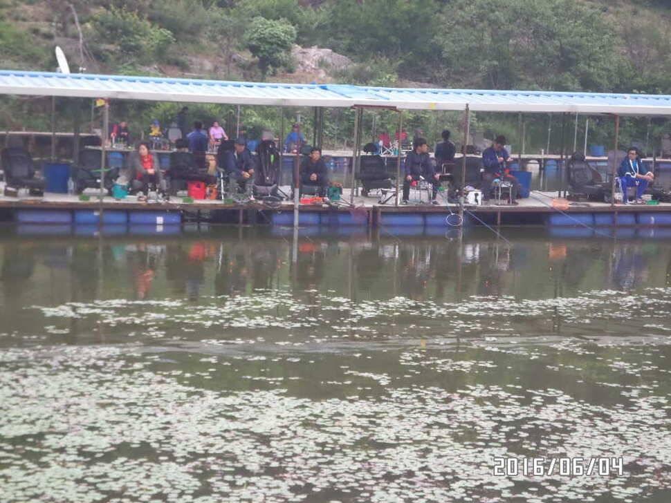 fish_pay_12571589.jpg
