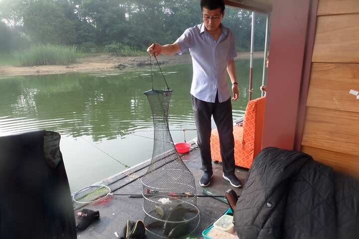 fish_pay_02255150.jpg