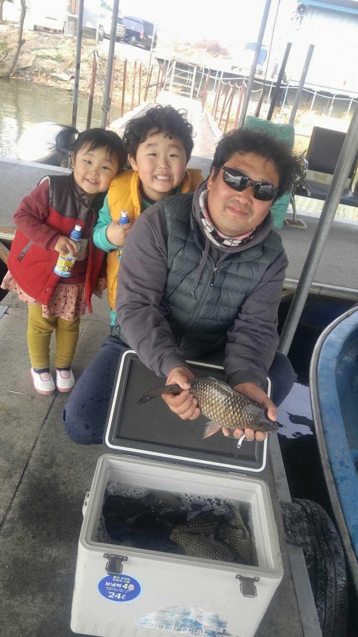 fish_pay_05535442.jpg