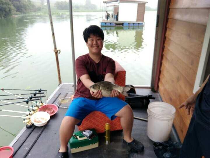fish_pay_12013226.jpg