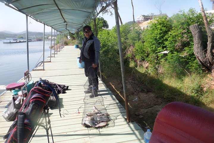 fish_pay_12252392.jpg