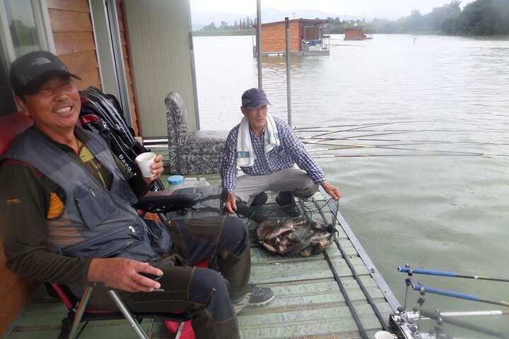 fish_pay_12581949.jpg